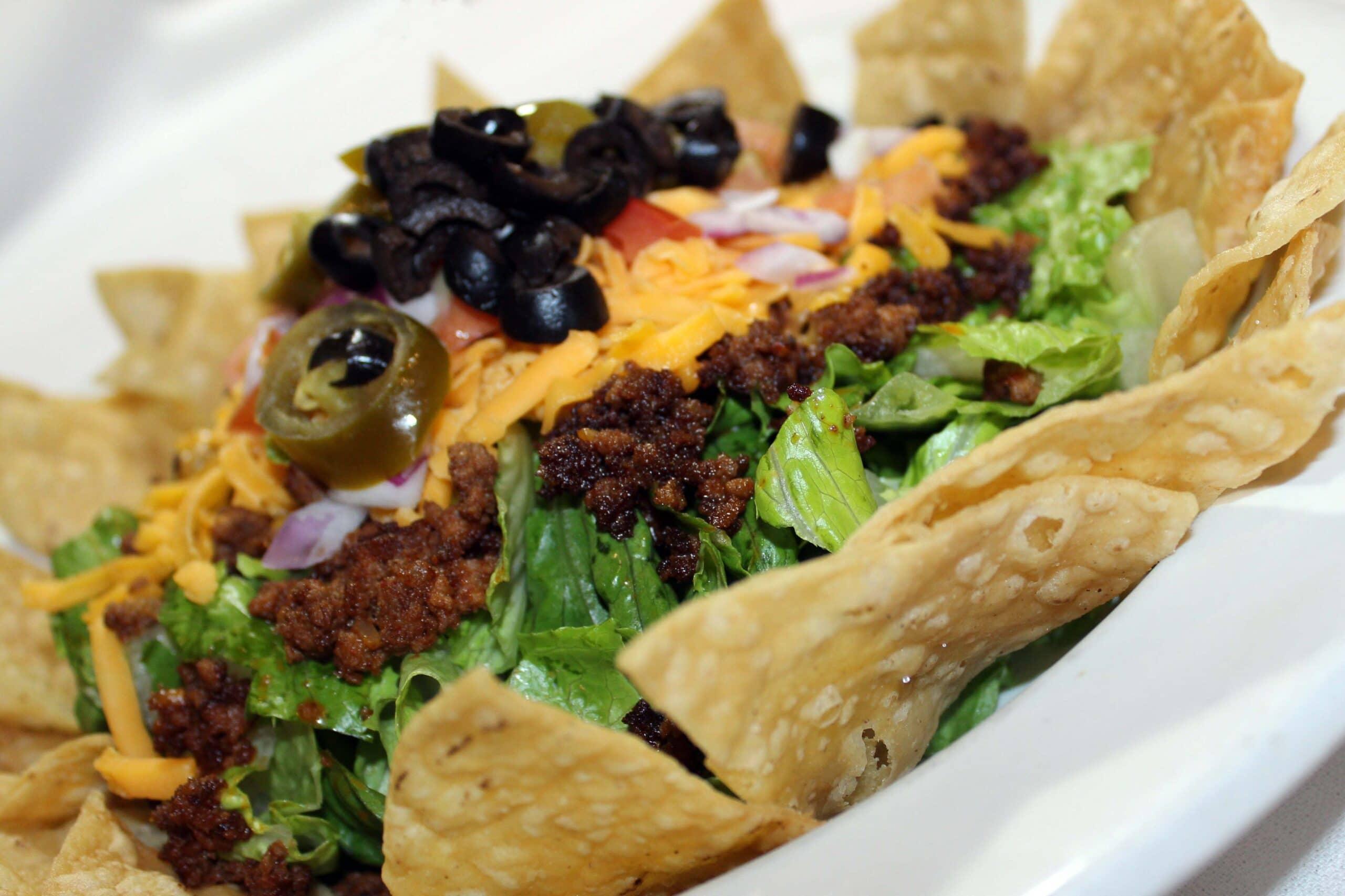 kaiser's nachos, the best appetizers in kenosha, kaiser's of kenosha