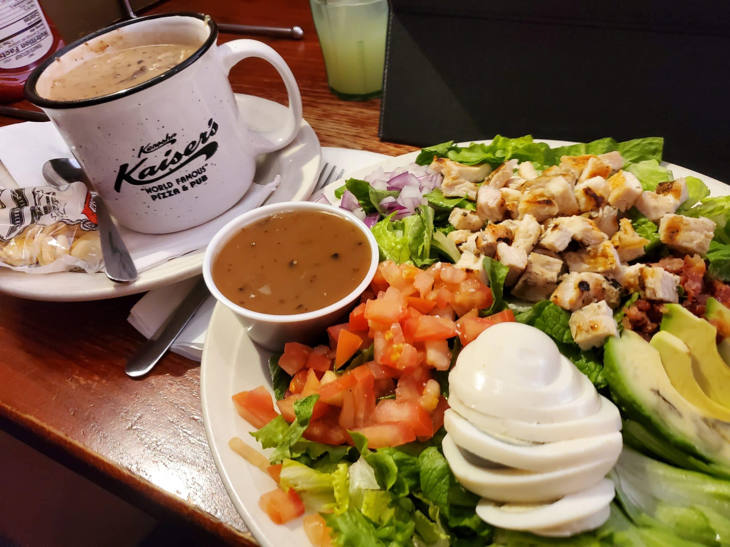 food in kenosha, kaiser's of kenosha, kaiser's pizza